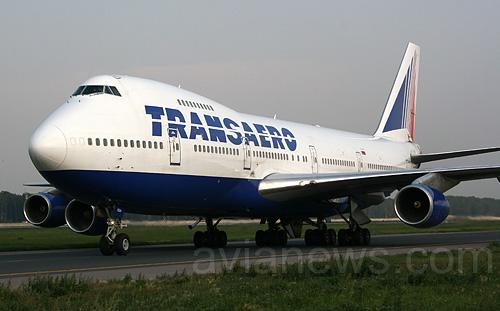 Авиакомпании трансаэро boeing 747 и boeing 737
